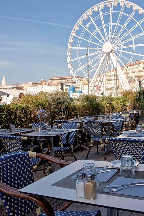 Le restaurant brasserie du port om caf vieux port - Au vieux port restaurant marseille ...